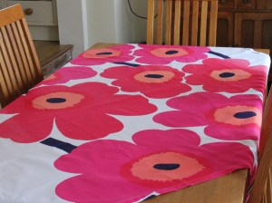 """Unikko table cloth"""