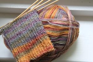 Knitting socks from Trekking XXL yarn