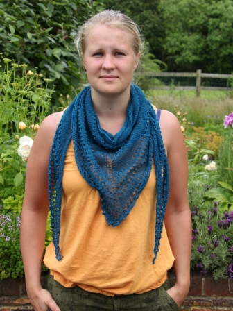 3S Scarf in Fyberspates Scrumptious Lace Yarn in Teal
